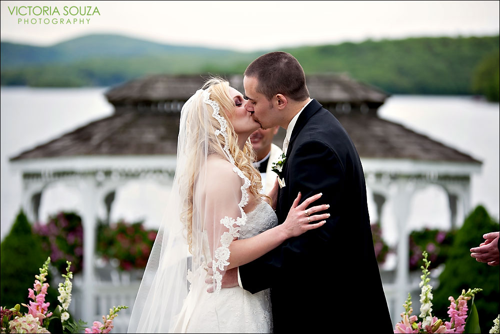 CT Wedding Photographer, Victoria Souza Photography, Candlewood Inn, Brookfield, CT Wedding Portrait Photos