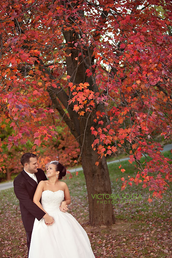 CT Wedding Photographer, Victoria Souza Photography, St Mary's Church, Portland, CT, Glastonbury Hills Country Club, Glastonbury, CT, Monroe, CT Fairfield, Westport, Engagement Wedding Portrait Photos
