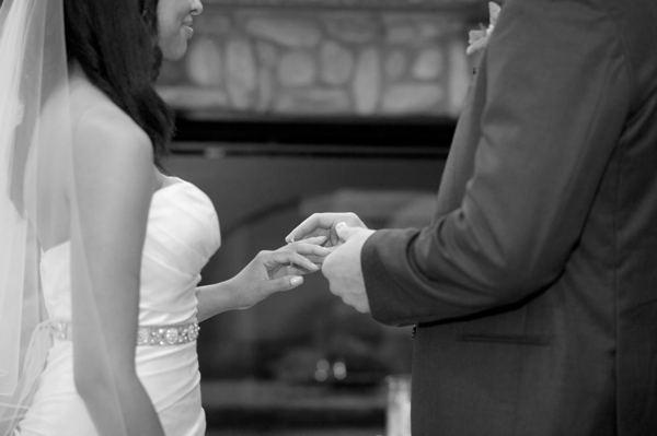 ring exchange, Guilford Yacht Club, Guilford, CT,  Wedding Pictures Photos, Victoria Souza Photography, Best CT Wedding Photographer