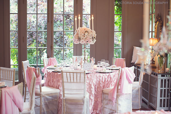 pink tablecloth, tall white and pink floral centerpiece, Lord Thompson Manor, Thompson, CT, elegant, luxury, Wedding Pictures Photos, Victoria Souza Photography, Best CT Wedding Photographer