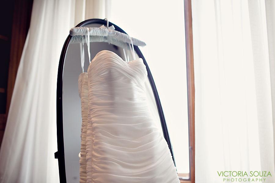 Indian Harbor Yacht Club, Morello, Greenwich, CT Wedding Pictures Photos, Victoria Souza Photography, wedding gown, Best CT Wedding Photographer