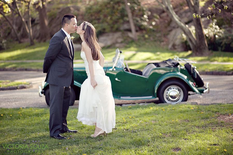 Indian Harbor Yacht Club, Morello, Greenwich, CT Wedding Pictures Photos, Victoria Souza Photography, vintage wedding car, Best CT Wedding Photographer