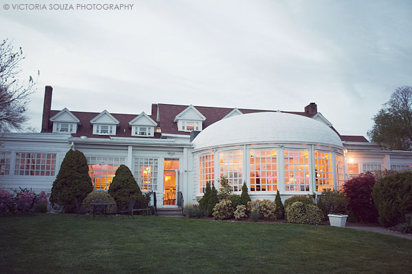 outdoor, vintage, Inn at Longshore, Westport, CT, Wedding Pictures Photos, Victoria Souza Photography, Best CT Wedding Photographer
