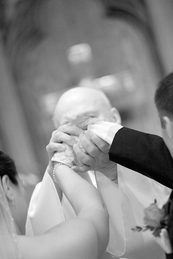 wedding ceremony, black and white, Cliff House Resort, Ogunquit, ME, Wedding Pictures Photos, Victoria Souza Photography, Best CT Wedding Photographer