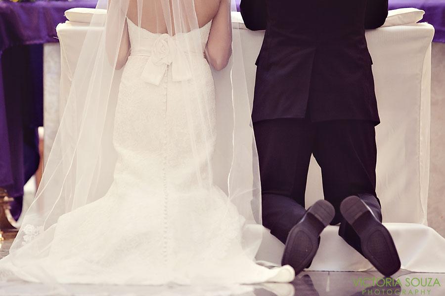 Candlewood Inn, Brookfield, CT Wedding Pictures Photos, Victoria Souza Photography, Catholic Ceremony, Best CT Wedding Photographer