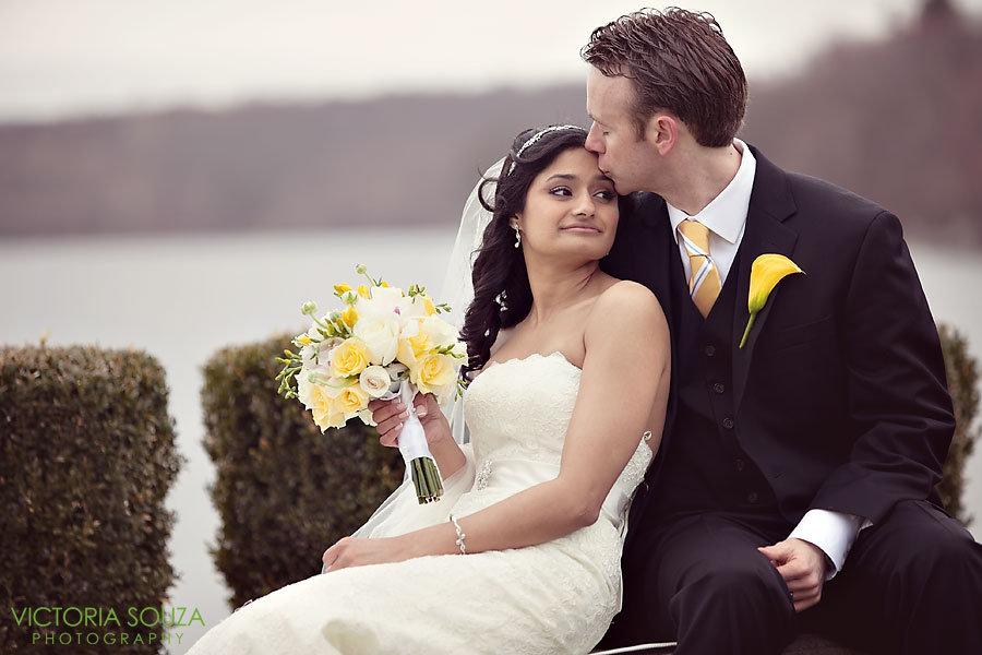 Candlewood Inn, Brookfield, CT Wedding Pictures Photos, Victoria Souza Photography, Wedding Cake, Best CT Wedding Photographer