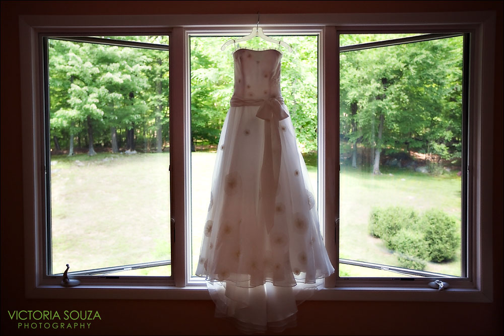 Melissa Sweet Wedding Gown Dress, CT Wedding Photographer, Victoria Souza Photography, Pound Ridge, NY, Wedding Portrait Photos