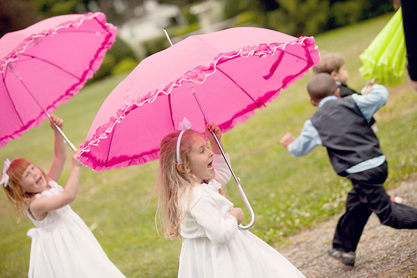 pink umbrellas, Burr Homestead, Fairfield, CT Wedding Pictures Photos, Victoria Souza Photography, Best CT Wedding Photographer