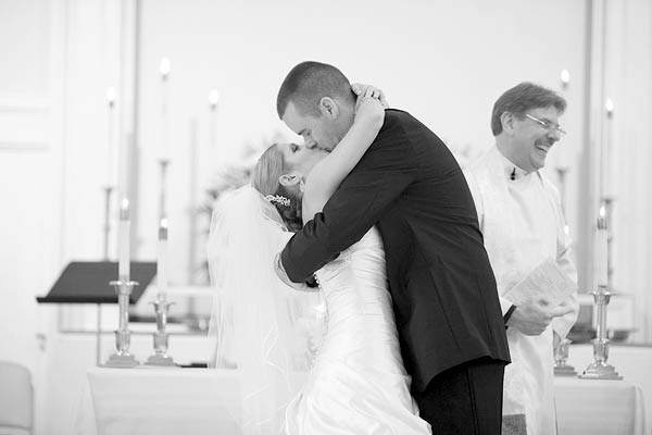waterview, monroe, ct, Wedding Pictures Photos, Victoria Souza Photography, Best CT Wedding Photographer